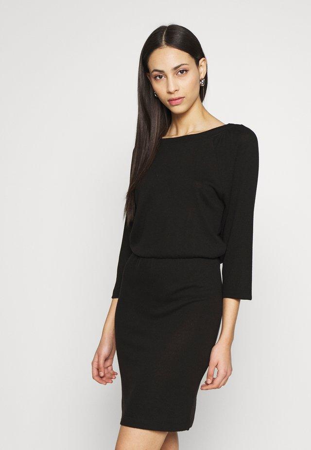 NMHALLEY 3/4 O-NECK DRESS TALL - Jumper dress - black
