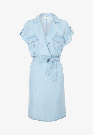 NMVERA ENDI SHIRT DRESS - Robe en jean - light blue denim