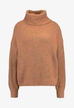NMROBINA HIGH NECK - Sweter - camel/melange