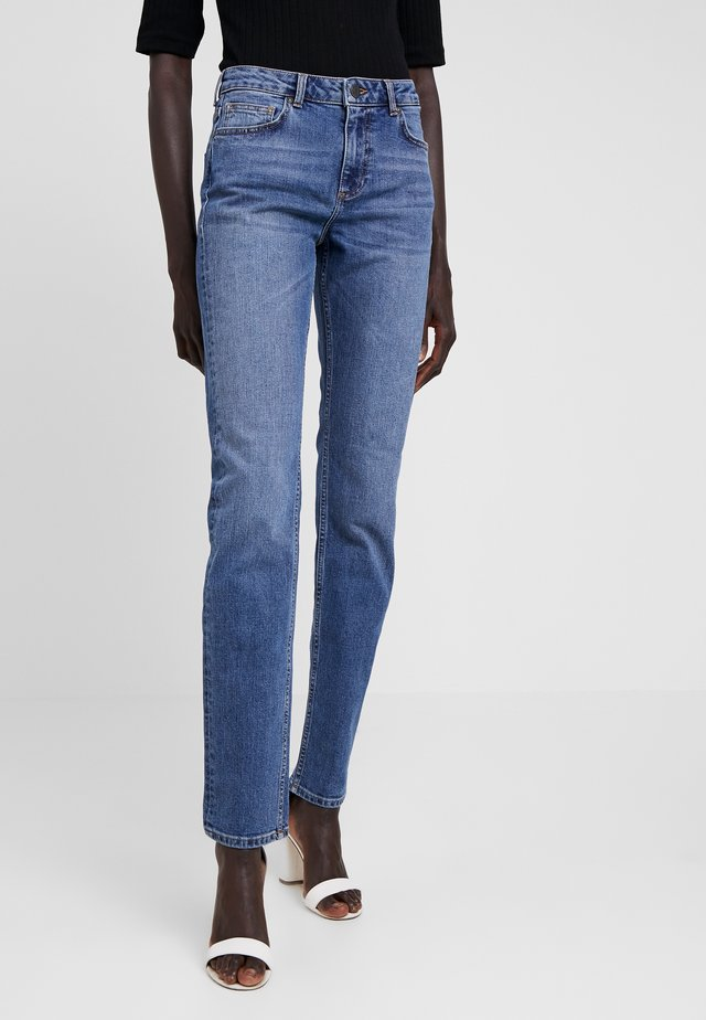 NMJENNA  - Jeans Straight Leg - medium blue denim