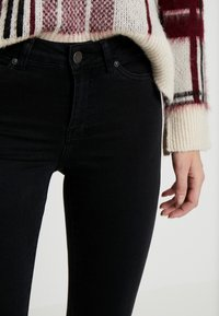 Noisy May Tall - NMLUCY - Skinny džíny - black denim - 3