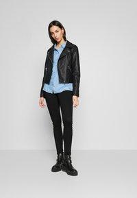 Noisy May Tall - NMJEN SHAPER - Jeans Skinny Fit - black - 1