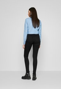 Noisy May Tall - NMJEN SHAPER - Jeans Skinny Fit - black - 2