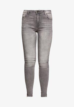 NMKIMMY ANKLE ZIP - Jeans Skinny Fit - light grey denim