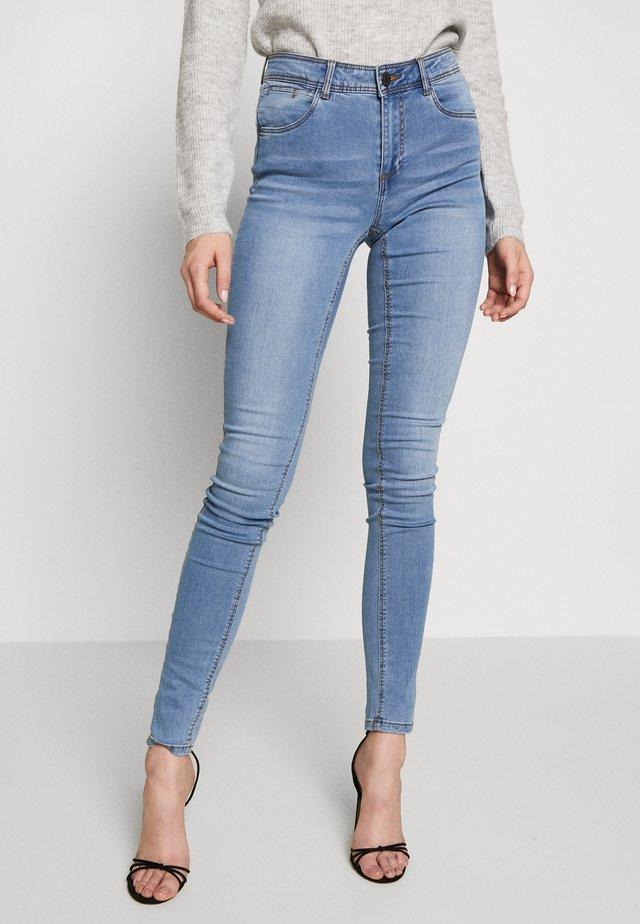 NMJEN SHAPER - Skinny džíny - light blue denim