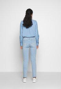 Noisy May Tall - NMJENNA - Skinny džíny - light blue denim - 2