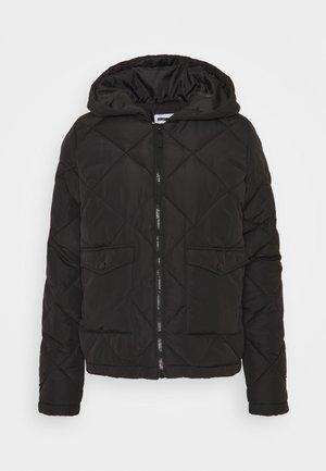NMFALCON JACKET TALL - Lehká bunda - black