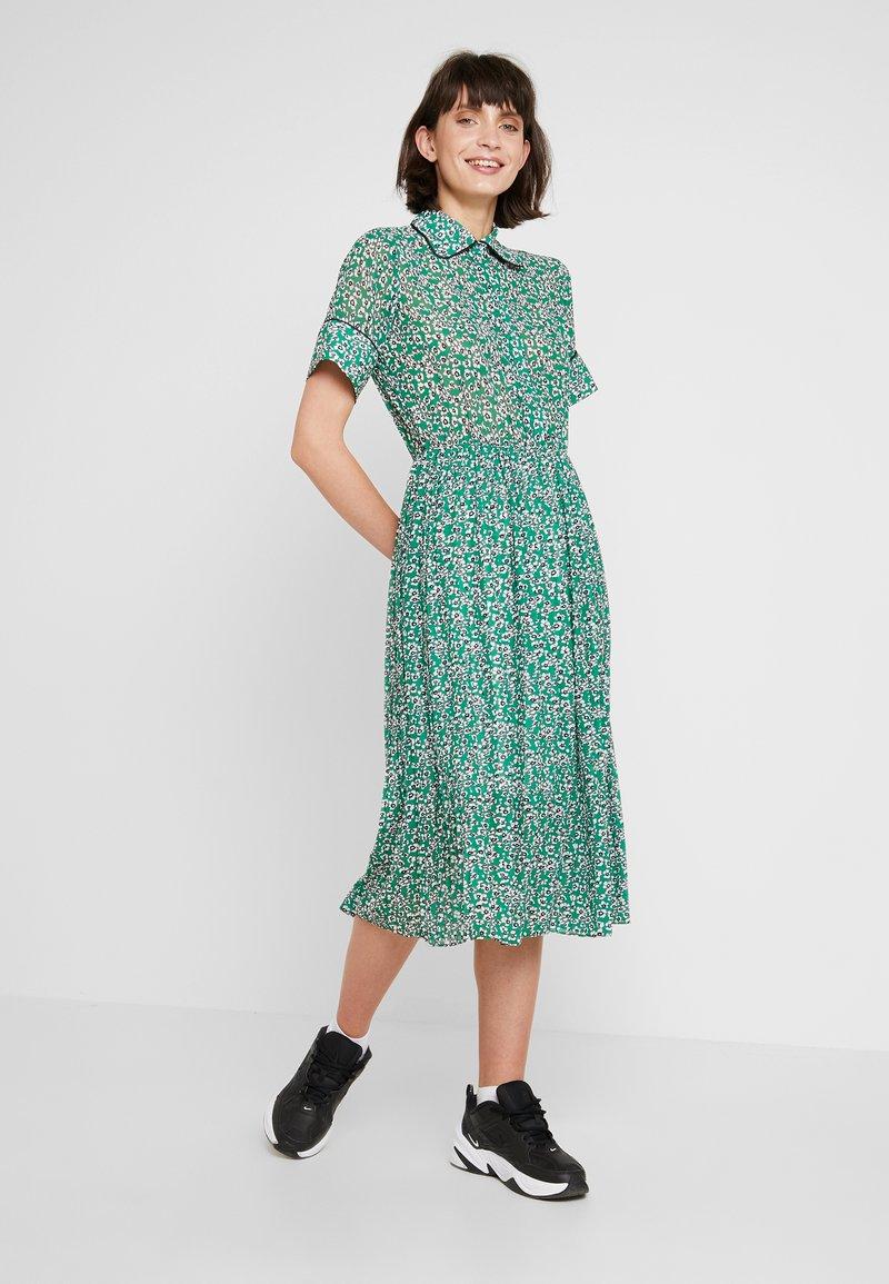 NORR - MONTANA DRESS - Abito a camicia - green