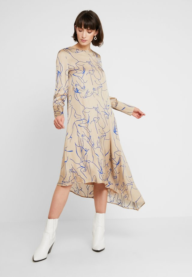RYLAN DRESS - Maxiklänning - beige/blue