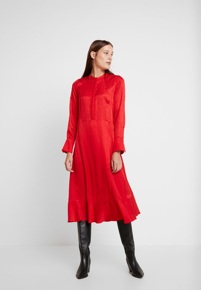 HARPER DRESS - Skjortklänning - red