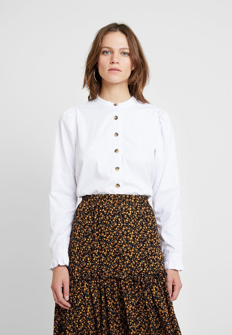 NORR - OLIVE SHIRT - Camisa - white