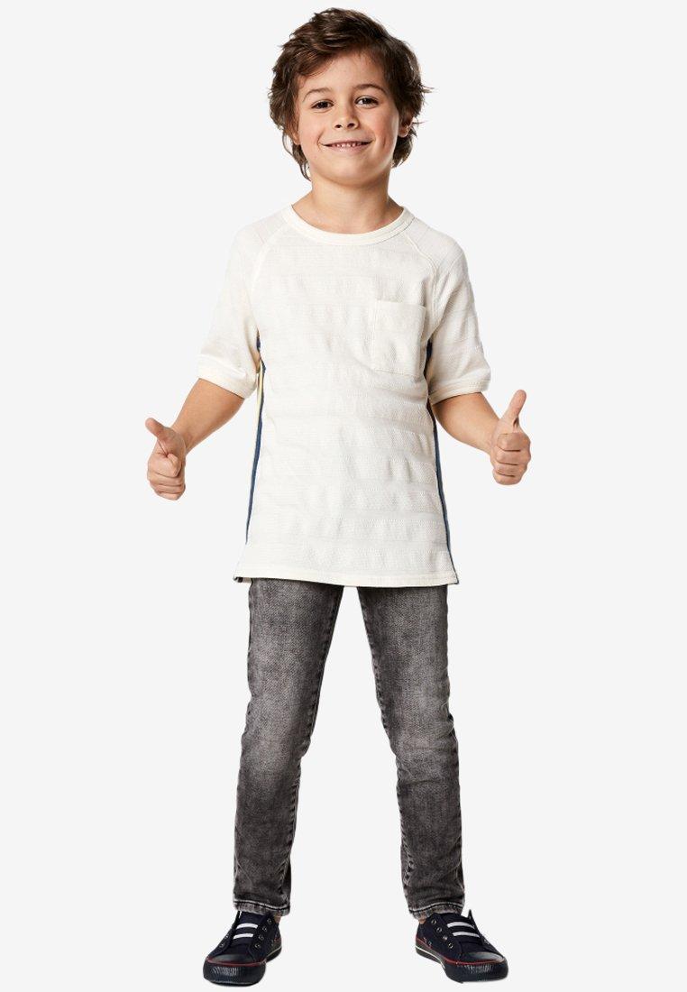 NOP - T-Shirt print - white