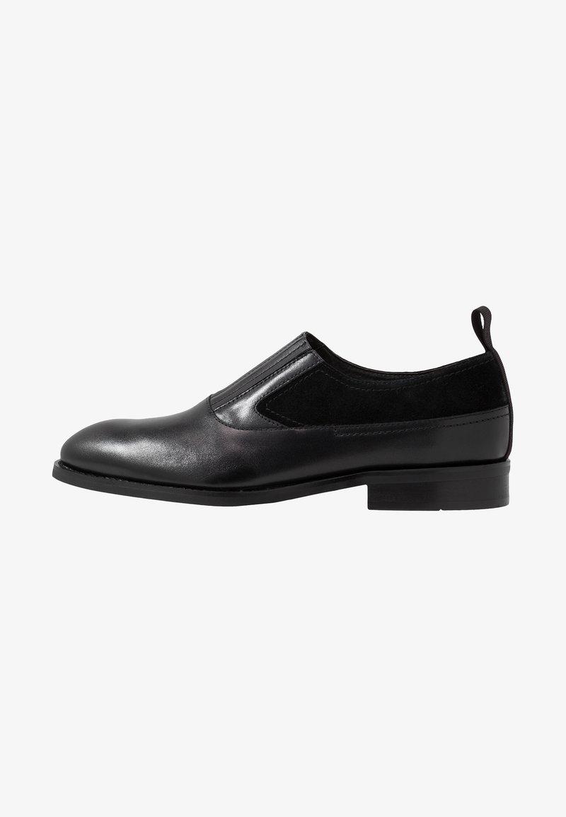 NOIRE LINE - SLY - Elegantní nazouvací boty - black