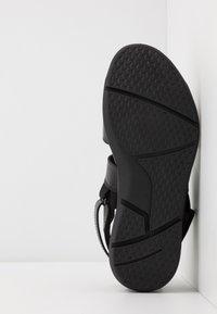 NOIRE LINE - ADOM - Sandals - black - 4
