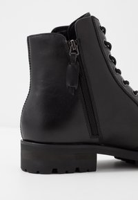 NOIRE LINE - MICK - Lace-up ankle boots - black - 5