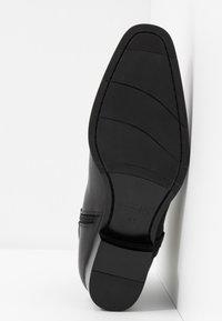 NOIRE LINE - WYTH - Classic ankle boots - black - 4