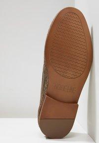NOIRE LINE - WOOD - Volnočasové šněrovací boty - brown - 4