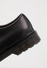 NOIRE LINE - MIC - Šněrovací boty - black - 5