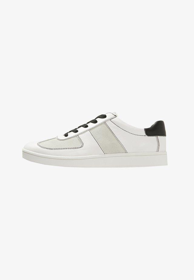 TEDDY - Sneakers - white