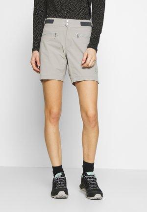 BITIHORN LIGHTWEIGHT - Sports shorts - drizzle