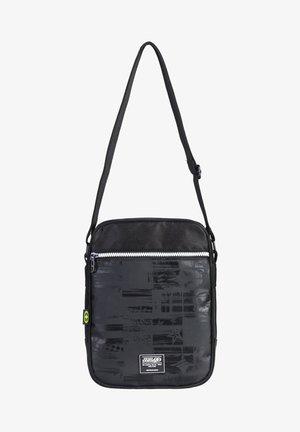 Across body bag - black/white/green