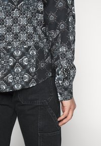 Nominal - PAUSE  - Overhemd - black - 5