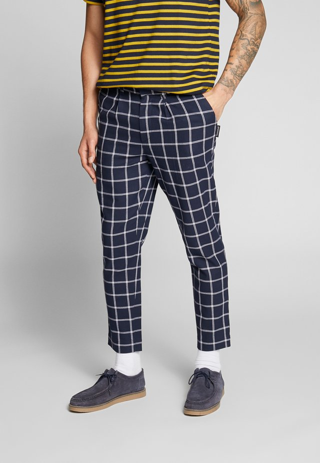 EDWARD TROUSER - Tygbyxor - navy