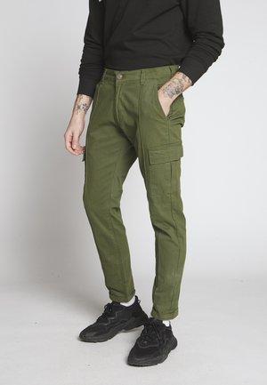 YATES UTILITY PANT - Pantalon cargo - khaki