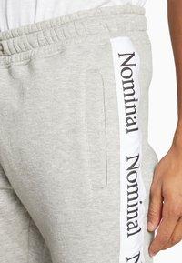 Nominal - KRIS - Tracksuit bottoms - heather grey - 4