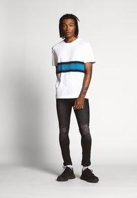 Nominal - DOGO - Slim fit jeans - black - 1