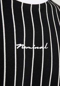 Nominal - SNOW - T-shirt med print - black - 5