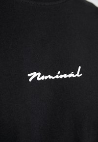 Nominal - WORTH - Printtipaita - black - 5