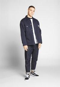 Nominal - LIME - Print T-shirt - burgundy - 1