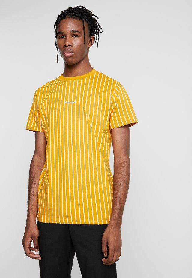 DALI TEE - T-shirt z nadrukiem - mustard