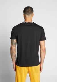Nominal - SANDER TEE - Print T-shirt - black - 2