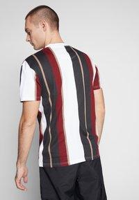 Nominal - DENIZ TEE - Print T-shirt - mustard - 2