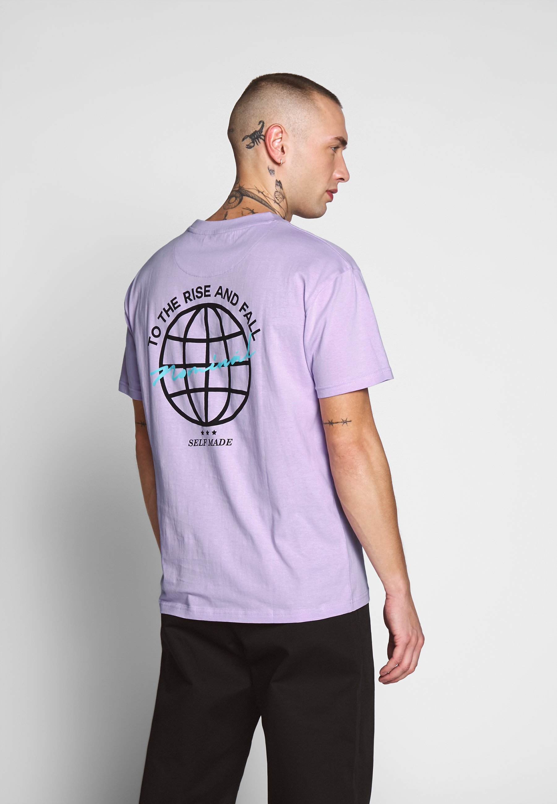 Nominal RISE TEE - T-shirt z nadrukiem - pastel neon purple