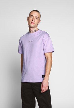 RISE TEE - Camiseta estampada - pastel neon purple