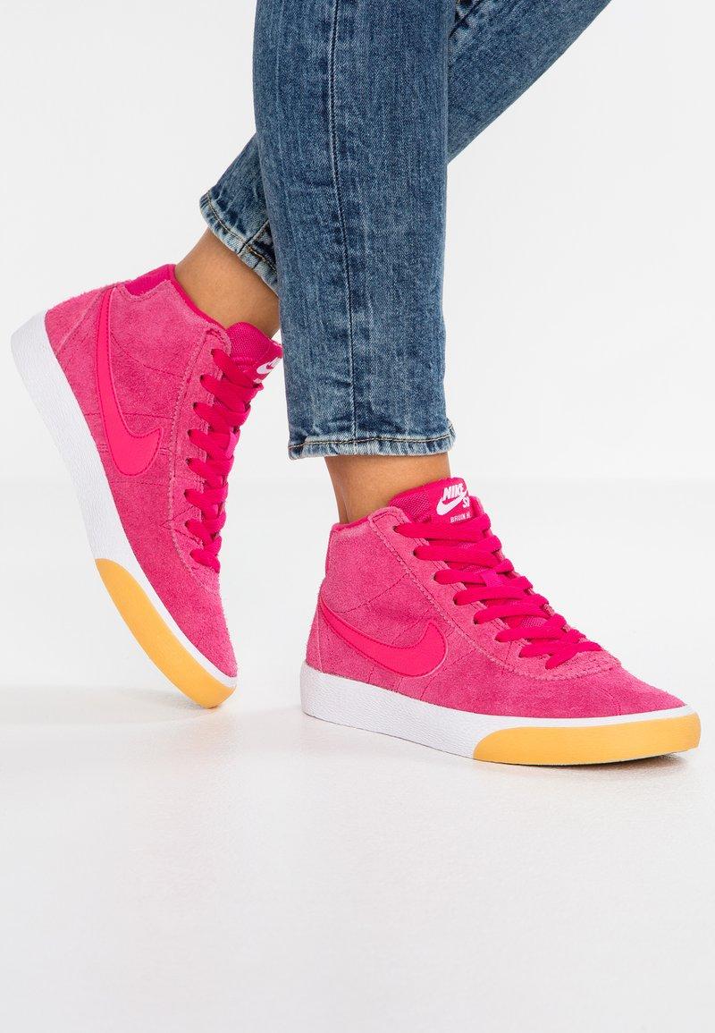 Nike SB - BRUIN - Sneakers hoog - rush pink/yellow/white
