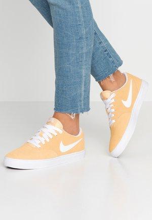 CHECK SOLAR - Sneakers - celestial gold/white