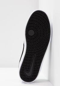 Nike SB - CHECK SOLAR - Sneakers - black/white - 6