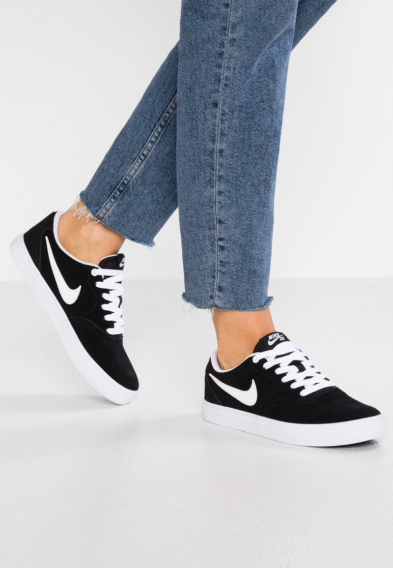 Nike SB - CHECK SOLAR - Sneakersy niskie - black/white