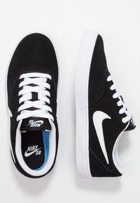 Nike SB - CHECK SOLAR - Sneakersy niskie - black/white - 3