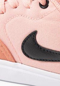 Nike SB - CHECK SOLAR - Skateschoenen - terra blush/black/coral stardust/white - 2