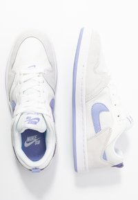 Nike SB - ALLEYOOP - Trainers - summit white/light thistle - 3