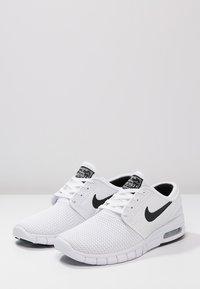 Nike SB - STEFAN JANOSKI MAX - Sneakers laag - white/black - 2