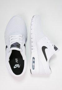 Nike SB - STEFAN JANOSKI MAX - Sneakers laag - white/black - 1