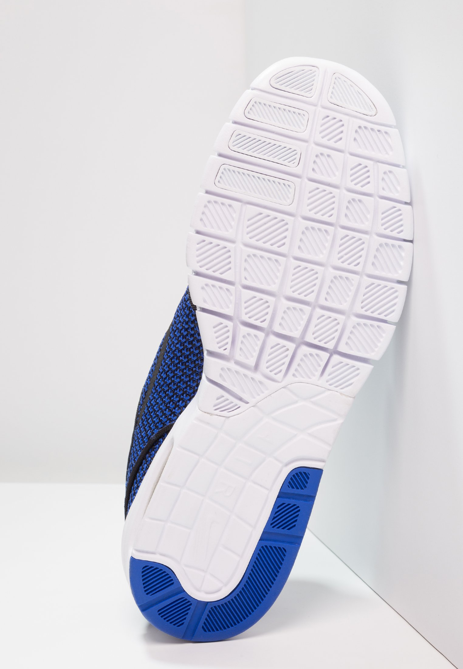 MaxBaskets Hyper black white Stefan Sb Basses Royal Janoski Nike R5qLj34A