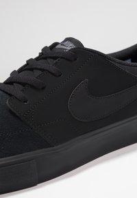 Nike SB - PORTMORE II SOLAR - Skateschoenen - black/gunsmoke - 5