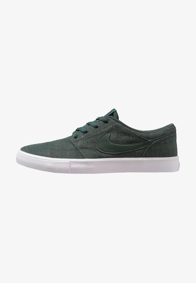 Nike SB - SOLARSOFT PORTMORE II CNVS PREMIUM - Sneakers laag - midnight green/blue void/white